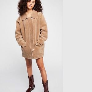 Free people Lindsey faux fur coat NWT large